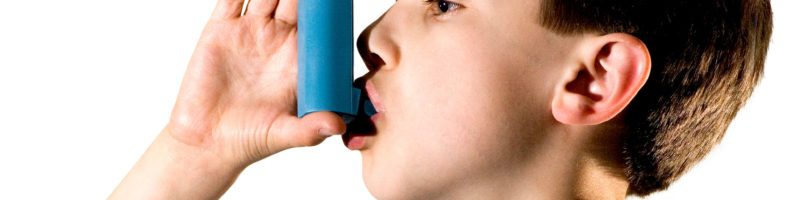 web-child-asthma-istock
